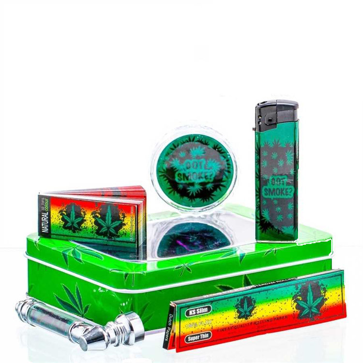 Leaf giftset with pipe, grinder, lighter, papers, screens and tips